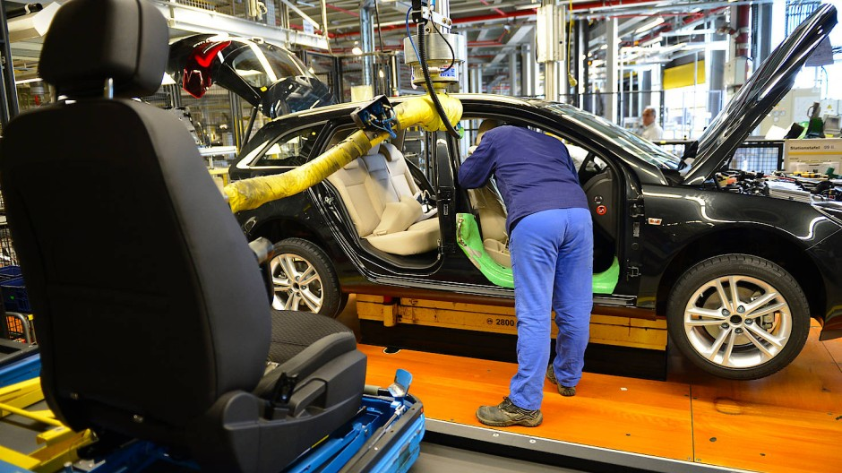 Im Opel-Stammwerk in Rüsselsheim sollen bis zu 600 Stellen wegfallen.
