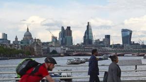 Brexit-Beschluss bringt britisches Finanzsystem in Gefahr