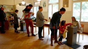 Schweizer lehnen Grundeinkommen klar ab