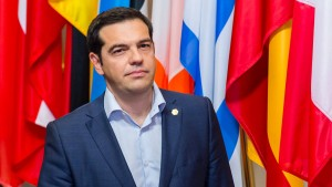 Euro-Staaten verweisen Tsipras in die Warteschleife