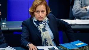 CSU fordert von Storch zu Rückgabe von Bundestagsmandat auf
