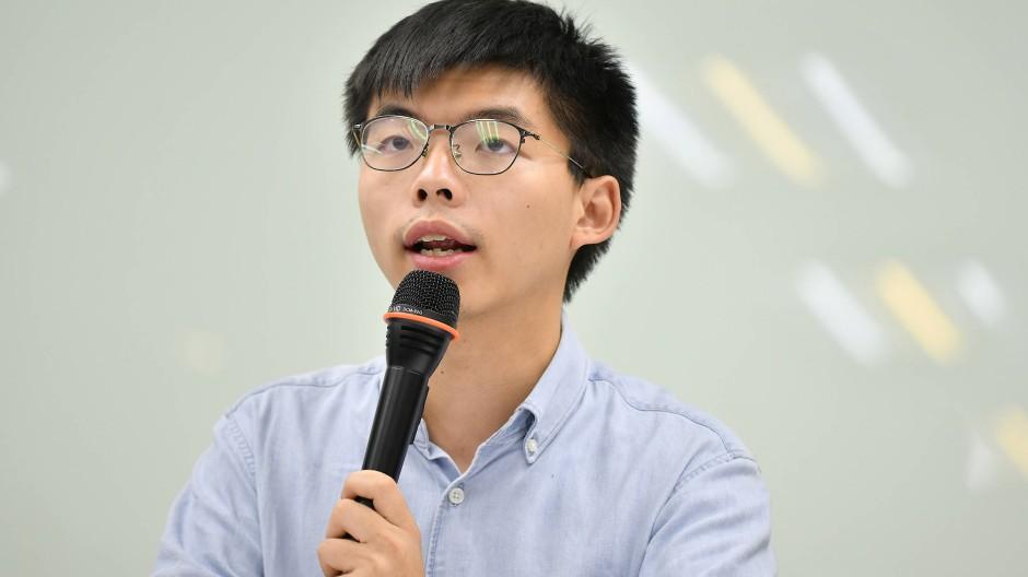 Joshua Wong, Anführer der Proteste in Hongkong, hat Bundeskanzlerin Angela Merkel in einem offenen Brief um Unterstützung gebeten.