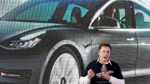 Hacker zapfen Überwachungskameras von Tesla an