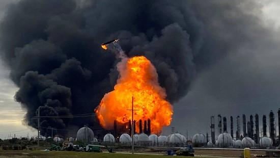 Explosionen in texanischer Chemiefabrik