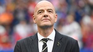 Vorgänger Sepp Blatter fordert Suspendierung Infantinos
