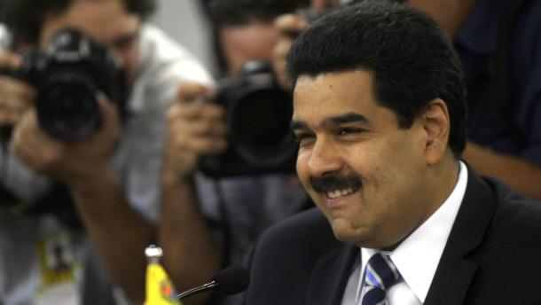 Chávez ernennt Außenminister Maduro zum Vizepräsidenten