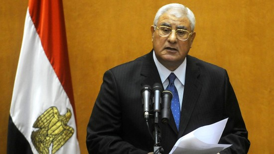 Übergangspräsident will Sicherheit und Stabilität wiederherstellen