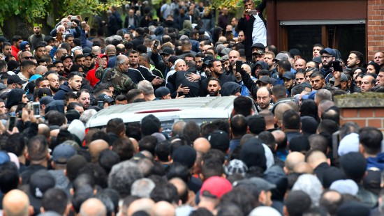 Tausende bei Beerdigung in Berlin