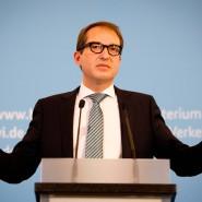 Bundesverkehrsminister Alexander Dobrindt wehrt sich gegen Datenschutzbedenken bei der Maut