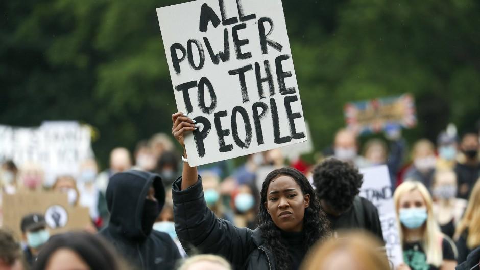 Demonstration in Oxford: Wir nutzen das Hashtag, um die Leute auf dem Laufenden zu halten.