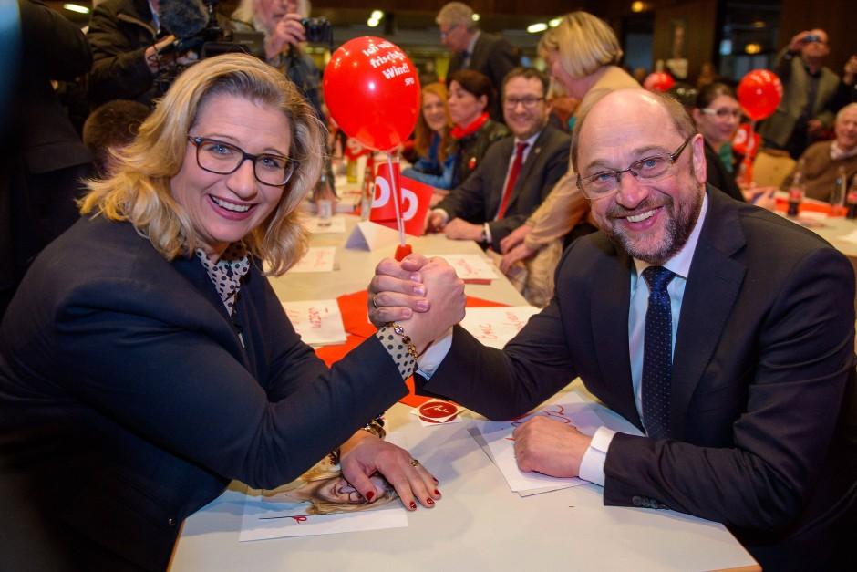 Kraftschub aus Berlin: Für SPD-Spitzenkandidatin Anke Rehlinger war der Hype um Kanzlerkandidat Martin Schulz kurz vor der Landtagswahl ein Segen