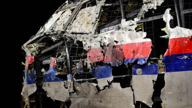 Angehörige von MH17-Opfern verklagen Russland und Putin