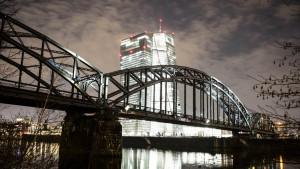 EZB tastet sich am Anleihemarkt vor