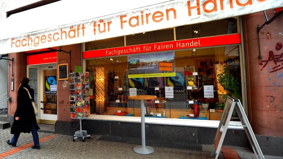 Mit gutem Gewissen: Im Weltladen an der Berger Straße in Frankfurt stammen die Waren aus fairer Produktion.
