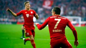 Munich's Ribery celebrates with team mates during their German Bundesliga first division soccer match against Eintracht Frankfurt in Munich