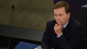 AfD-Chef Lucke soll Vize im Währungsausschuss werden