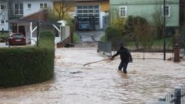 Schlammlawinen und Unfälle nach Unwetter über Osthessen