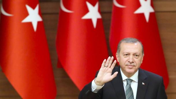 Schläge unter Erdogans Gürtellinie sind verboten