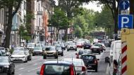 Autos auf der Wilhelmstraße in Aachen (Symbolbild)