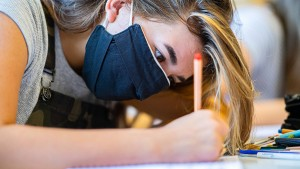 Nordrhein-Westfalen schafft Maskenpflicht für Schüler ab