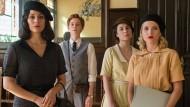 Noch mehr Drama: Der Bürgerkrieg bedroht die Telefonistinnen.