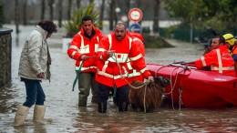Unwetter über Südfrankreich wüten weiter