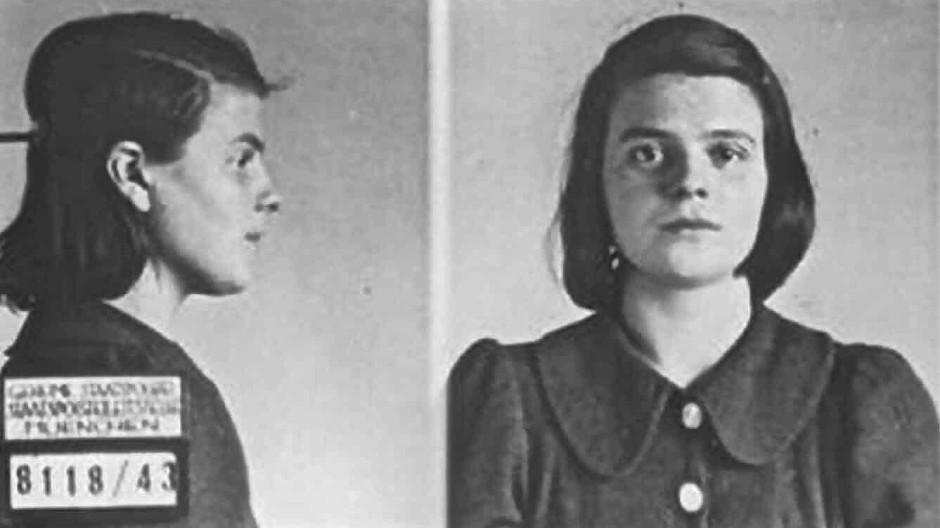 Enttarnt: Sophie Scholl nach ihrer Verhaftung durch die Gestapo am 18. Februar 1943