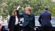 Angela Merkel auf dem Weg zur Mauerfall-Gedenkfeier in Berlin