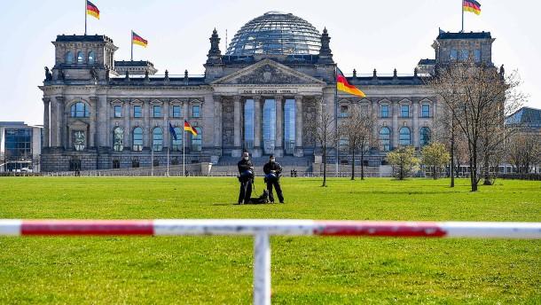 Bundestag stimmt Corona-Notbremse zu