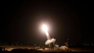 Hamas feuert Raketenhagel auf Israel