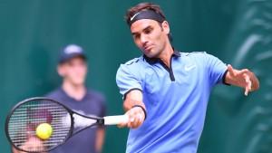 Federer besiegt Zverev und steht im Viertelfinale