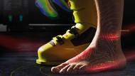 Die Vermessung des Fußes: Der Scanner sagt voraus, wo der Schuh drücken wird. Den kann man dann individuell anpassen.