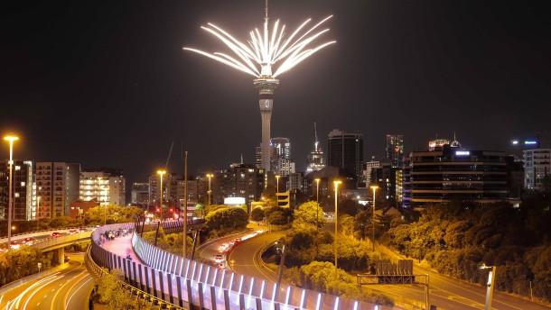 Neuseeland feiert Neujahr mit großem Feuerwerk