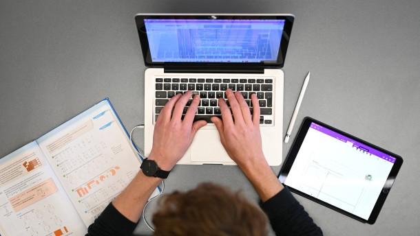 Laptops für Lehrer kommen spät