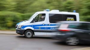 LKA befreit zwei Jugendliche aus Gebäude in Leipzig