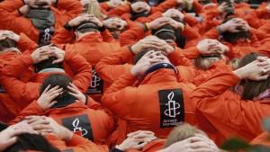 Amerika muss Videos von zwangsernährtem Häftling zeigen