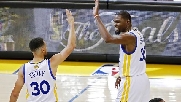 Golden State Warriors lassen Cleveland keine Chance