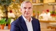 Cornelius Everke, CEO der Restaurantkette Vapiano, in einer Filiale in Köln