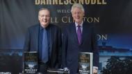 Die Thriller-Autoren Clinton und Patterson warnen in ihrem Roman auch vor einer politischen Unkultur und dem schädlichen Einfluss des Internets.