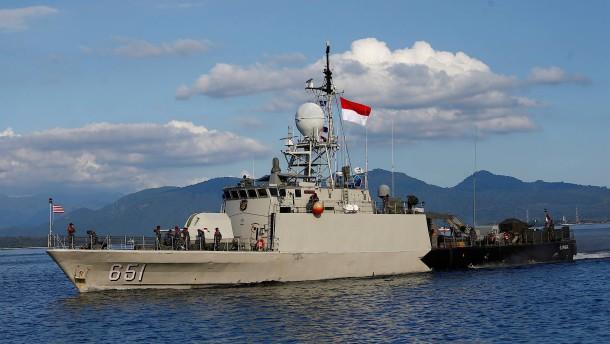 Indonesische Regierung gibt Rettung von U-Boot-Besatzung auf