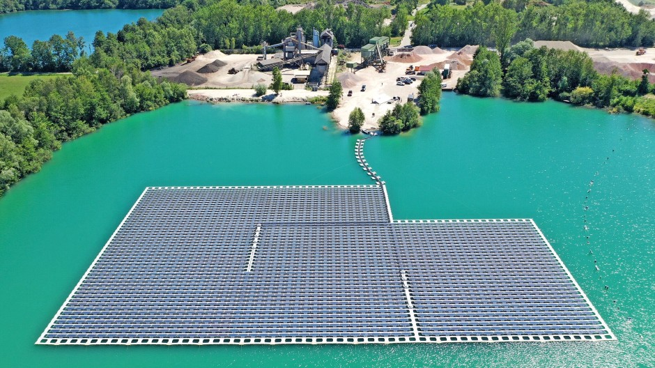 Die schwimmende Solaranlage auf dem Maiwald-Baggersee bei Renchen produziert 800000 Kilowattstunden Strom im Jahr.