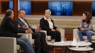 """Die Gäste von Anne Will diskutieren am 2. April 2017 zum Thema: """"Spitzelvorwürfe, Beschimpfungen, Drohungen – Gefährdet Erdogan unseren inneren Frieden?"""""""