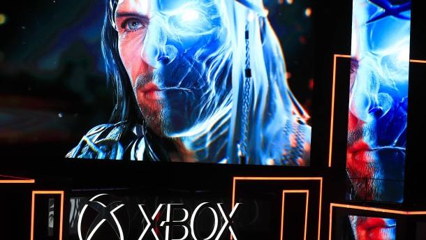 Microsoft will mit der Xbox One X Sony Konkurrenz machen