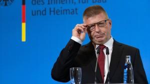 Haldenwang will bis Jahresende Linie im Umgang mit der AfD finden