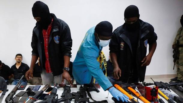 Attentäter angeblich ausländische Söldner