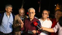 """Fünf frühere """"Cumhuriyet""""-Journalisten vorzeitig aus Haft entlassen"""