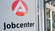 Sanktioniert: In Hessen ist im gesamten Jahr 2018 knapp 56.000 Mal Hartz IV gekürzt worden