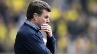 Weiß er Rat? Dieter Hecking steht künftig bei Borussia Mönchengladbach an der Seitenlinie