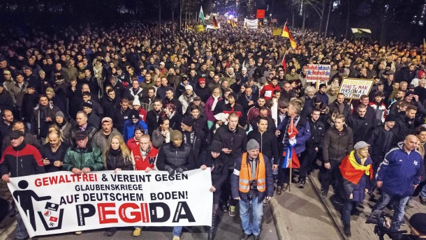 Opposition kritisiert Demonstrationsverbot