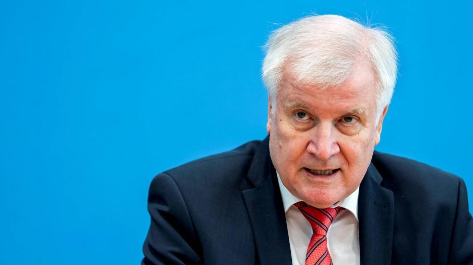 """Seehofer und die """"Null-Toleranz-Politik"""""""